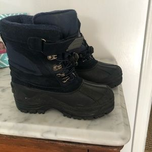 Boys Navy Lands End Snow boots. Size 1